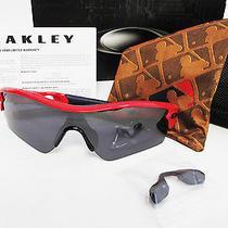Oakley Mlb Radar Path Red Sox Polished Red / Black Iridium Sunglasses 09-776 Photo