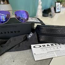 Oakley Oo4079-3959 Feedback Sunglasses Stn Gold / Prizm Violet Polarized Photo