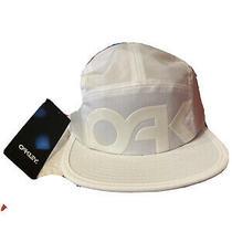 Oakley Panel Hat Photo