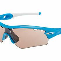 Oakley Radar Path Photochromic Sunglasses 09-751 Sky Blue/vr50 Vented Photo