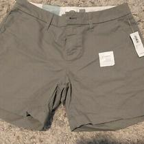 Old Navy Gray Shorts Women's Size 0 .brand New With Tags Photo