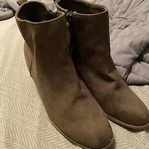 Old Navy Oregon Trail Mid Ankle Boot Booties Olive Green Zipper Heels Shoes Sz 8 Photo