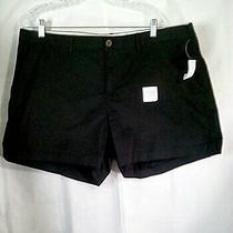Old Navy Women's Black Shorts Sz 16 Belt Loops Slide Pockets 3.5 Length Photo