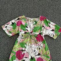 Old Navy Women's Size Small Top With Bright Colors Photo