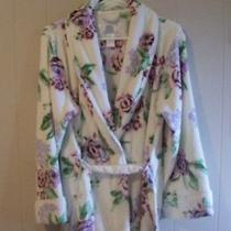 Oscar De La Renta Plush Wrap Robe With Belt S/m Soft White Fabric With Roses Photo