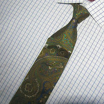 Outstanding Ysl Yves Saint Laurent Green Paisley Silk Tie 3.75 X57 Italy Photo