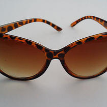 Oversized Vintage Inspired Super & Bold Retro Cat Eye Sunglasses -Tortoise Shell Photo