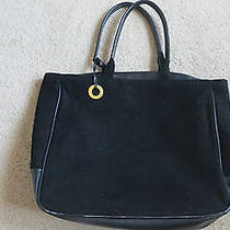 Parfume Givenchy Vanity Shopper's Bag Black Soft Puffy Outer Surface Photo