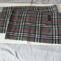 Parrot Italy Milano Burberry Print 100 % Lambswool  Scarf Size 11.5'' X 58'' Photo
