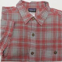 Patagonia Men's Short Sleeve Shirt Sz M Medium Red/gray Plaid Photo