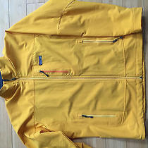 Patagonia Mens Yellow Softshell Size L Photo