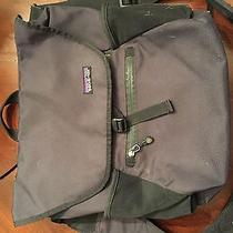 Patagonia Messenger Laptop Bag Photo