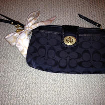 Perfect Black Coach Wristlet With Bow Photo