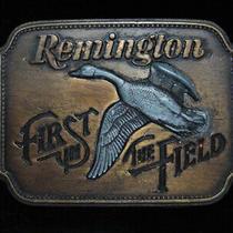 Ph07110 Vintage 1980 Remington (Canada Goose) Gun & Hunting Belt Buckle Photo