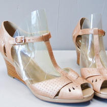 Pink Leather Heels / Clarks Metallic Blush Tstrap Platform Wedges Size 6 1/2 Photo