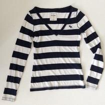 Pre-Owned Abercrombie Kids Girls Teens Striped Navy Long Sleeve Tee Top Size L Photo