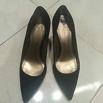 Pre-Owned Bcbg Black Leather Suede Pumps Size 6.5m Photo