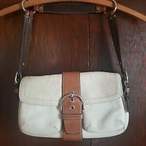 Pre-Owned Coach White Leather Soho Hobo Buckle Handbag Photo