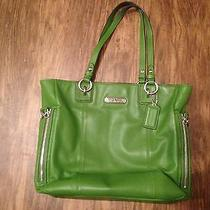 Pre-Owned Green Coach Tote Bag Photo