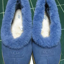 Pre Owned Ugg Slippers Size 10 Hardly Worn and in Very Good Used Condition Photo