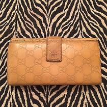 Pre-Owned Women's Authentic Gucci Wallet Photo