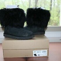 Preowned Ugg Short Sheepskin Cuff Boot - Size 6 Photo
