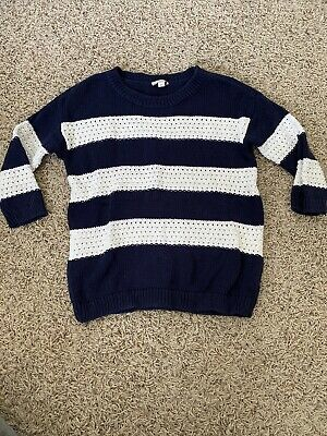 Preowned Womens Gap Navy And White Striped Knit Sweater, Size XS Photo