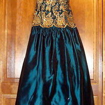 Prom Evening Dress by Jessica Mcclintock Photo