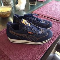 Puma Ladies Leather Athletic Shoes Size 7 Gently Worn Photo