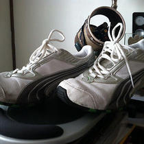 Puma Mens Cell Sneakers 10 Size Us. Photo