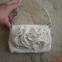 Purse Handbag Bag Faux White Leather Rosette Flower Wrist Handle Aldo 7