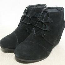 R4-35 Toms Kala Black Suede Women's Ankle Booties Sz 8.5 Photo