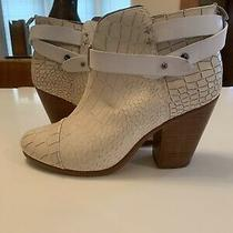 Rag & Bone Ivory Leather Harrow Ankle Booties Sz 39.5 Belted Block Heel New 550 Photo