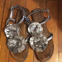 Rampage Bronze Metallic Flower Detail Sandals Flip Flops 'Rouge' Style Size 8.5 Photo