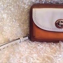 Rare Coach Wristlet Leather Wallet-Credit Card With Zipper and Turn Lock Euc Photo