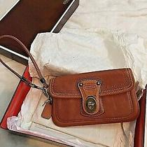 Rare Excellent Coach Turnlock Tan Leather Wristlet Wallet Clutch Photo