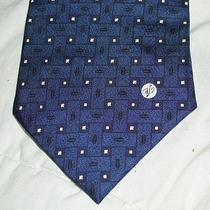 Rare Gianni Versace Classic V2 100 % Silk Authentic Tie Photo