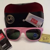 Ray Ban Wayfarer - Color Pink Photo