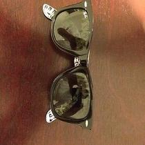 Ray-Ban Wayfarer Limited Edition Photo