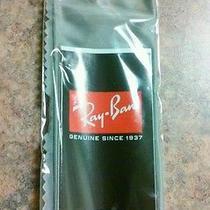Ray Ban Wipe Fabric Photo