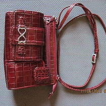 Red Croc Brighton Purse Photo
