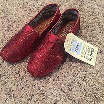 Red Sparkely Toms Photo