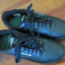 Reebok Black Classics All Leather Women's Athletic  Sz. 7.5 Wide ec.worn 2x Photo