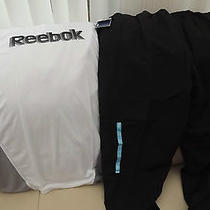 Reebok Core Fleece Pants Plus T-Shirt (Original) Photo