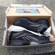 Reebok Field Magistrate Tuf Low 13 1/2 Baseball Sneakers 18-155682 New. Photo