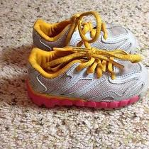 Reebok Girls Toddler Kids Size 5 Sneakers  Nice Condition Lace Up Style. Ked Photo