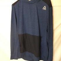 Reebok Navy Hoodie Workout Shirt Mens Size Medium Pull Over  Photo