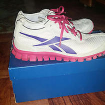 Reebok Realflex Womens Running Shoes - Fits Like Size 8.5 - Excellent Condition Photo