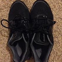 Reebok Walking Shoes Photo