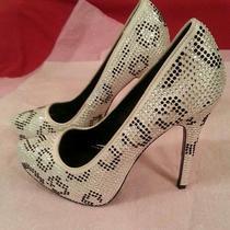 Report Signature Parker White Beaded Wedding Stilettos Heels Shoes Sz 7.5  Photo